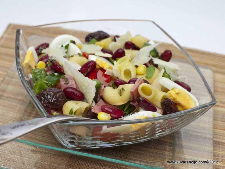Najbolje salate uz prasetinu